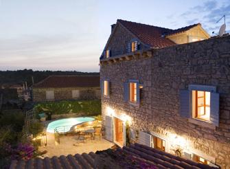 Enchanting traditional Dalmatian holiday villa in Milna on Brac island