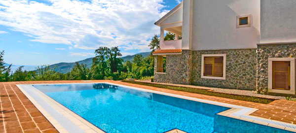 Villa with view in Ičići in Opatija region