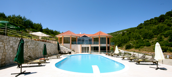 Luxury and furnished seafront villa for sale on the island of Korcula