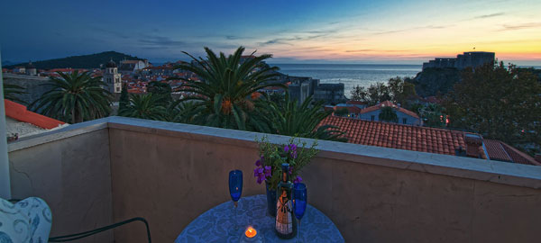 Exclusive stone villa with view at Dubrovnik city walls