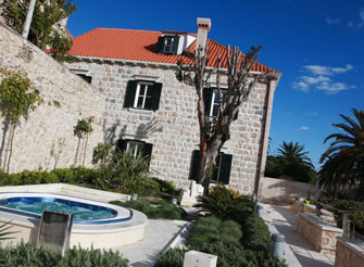 Luxury villa at Dubrovnik's old city doorstep