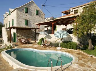 Old Dalmatian stone villa with pool in Sumartin on Brac island