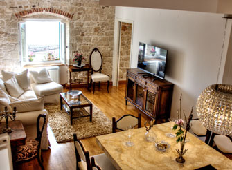 Exclusive sea view apartment in the center of Split city