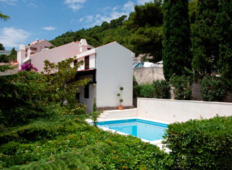 Villa with swimming pool in Baška Voda on Makarska Riviera