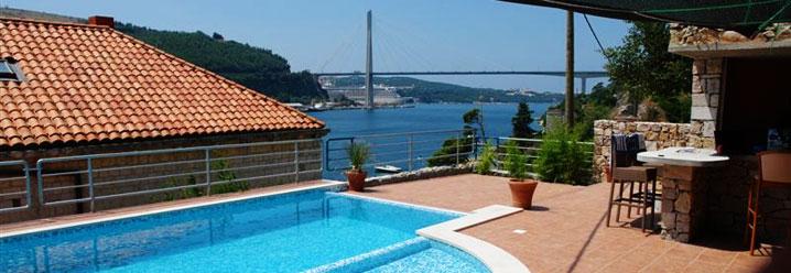 Villa from 16 century on Dubrovnik River shore