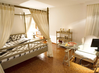 Modern Beachfront Luxury Villa on Peljesac in Dubrovnik Region