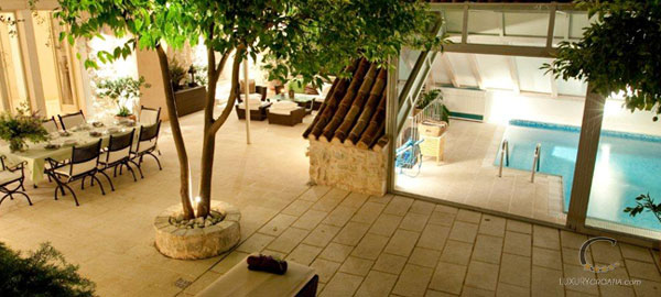 Luxury Villa with pool and wellness in Hvar town center