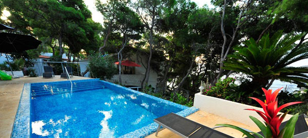 Luxury, a bit extravagant, but modern and stylish holiday villa with pool in Hvar in Croatia