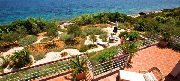 Exceptional Mediterranean style villa with stunning panoramic sea views