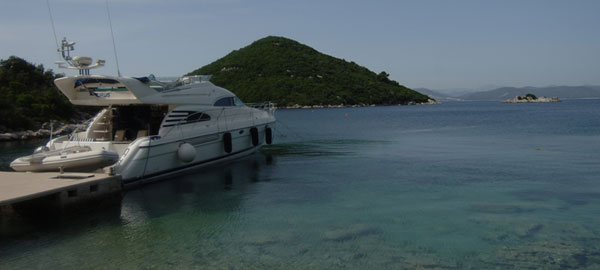 Fairline Squadron 55 - Luxury Yacht Charter Dubrovnik Croatia