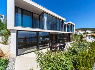 Luxury and modern villa with pool near Primošten