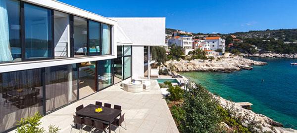 Modern seaside villa in Primošten in Dalmatia