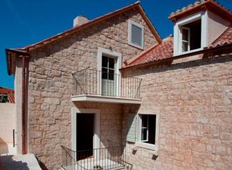 Traditional Dalmatian Stone House in Omiš - Dalmatia region