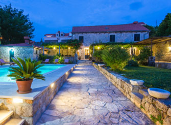 16th century Villa near Dubrovnik old city with swimming pool