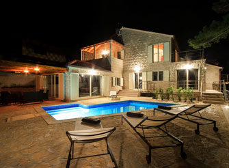 Modern seafront villa with pool on Brac Island in Split region