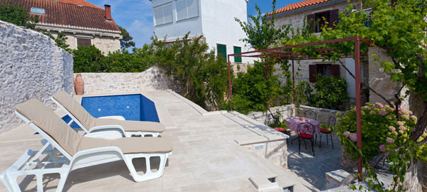 Brač holiday villa with pool for rent