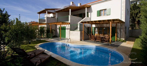 Charming Croatian villa with pool for rent in Hvar Dalmatia Croatia