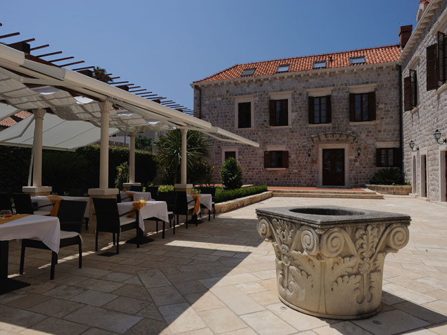 Small luxury historical boutique villa hotel in dubrovnik for Small luxury inns
