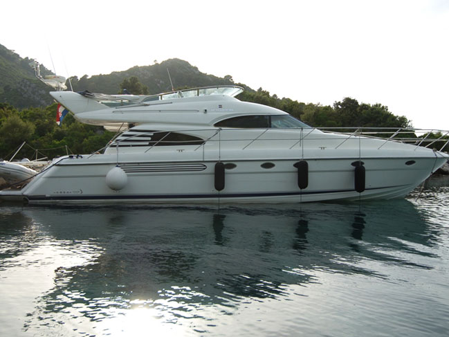 Fairline Squadron 55 - Luxury Yacht for Charter in Dubrovnik Croatia ACI ...