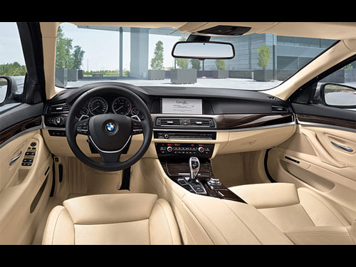 Image Gallery luxurycar