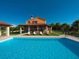 Outside the High quality villa with pool in Istria near Labin and Rabac