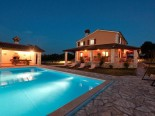 High quality villa with pool in Istria near Labin and Rabac by night