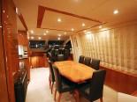 Sunseeker 75 Dining room - Luxury Yacht Rental Split Croatia