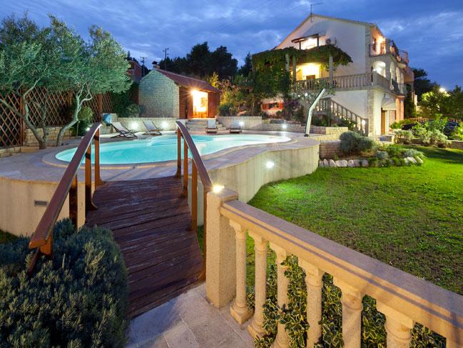 exclusive villa with swimming pool on iovo island near trogir