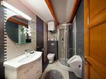 Second floor - Apartment 3 - bathroom