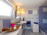 Bathroom in villa for rent on Brač Island