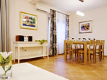 Dining room in villa with pool for rent in Hvar town in Dalmatia - Croatia