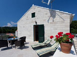 Terrace in Dalmatian holiday villa with pool for rent in Sumartin on Brač Island