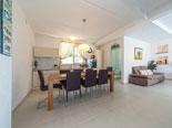 Dining and kitchen in Brač holiday villa for rent in Povlja