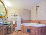 Bathroom in Brač holiday rental villa in Sumartin - Dalmatia - Croatia