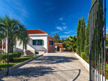 In front of the Brač holiday rental villa in Sumartin - Dalmatia - Croatia