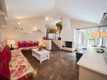 Living room in the villa in Baska voda